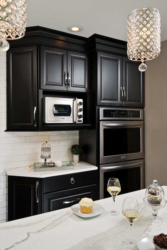 Black cabinets with applicanes